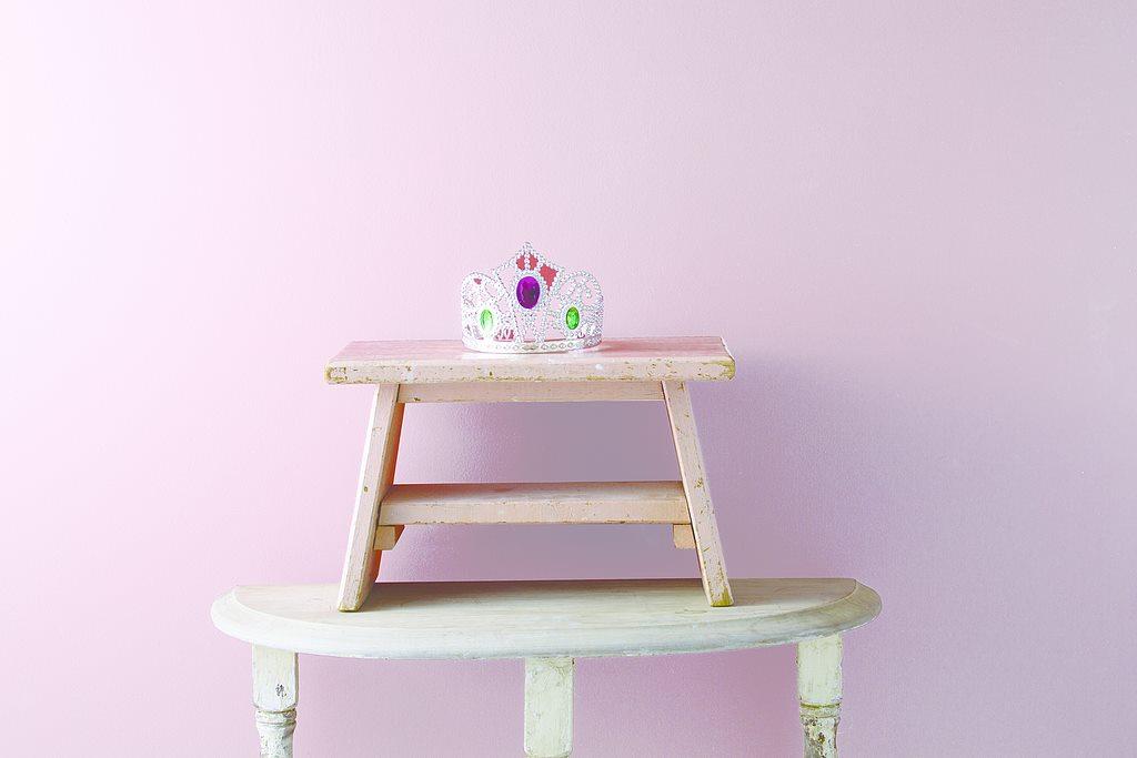 Colors for Warmth and Comfort | Benjamin Moore Niskayuna Pink Innocence village paint benjamin moore
