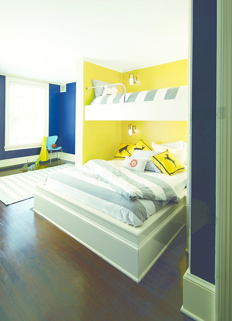 Yellow Highlighter color in Bedroom